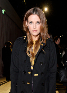 LONDON, ENGLAND - FEBRUARY 22:  Riley Keough wearing Burberry at the Burberry Womenswear February 2016 Show at Kensington Gardens on February 22, 2016 in London, England.  (Photo by David M. Benett/Dave Benett/Getty Images for Burberry) *** Local Caption *** Riley Keough
