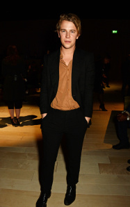 LONDON, ENGLAND - FEBRUARY 22:   Tom Odell wearing Burberry at the Burberry Womenswear February 2016 Show at Kensington Gardens on February 22, 2016 in London, England.  (Photo by David M. Benett/Dave Benett/Getty Images for Burberry) *** Local Caption *** Tom Odell