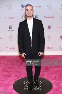 attends Univision's 28th Edition of Premio Lo Nuestro A La Musica Latina on February 18, 2016 in Miami, Florida.